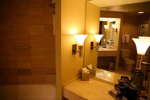Hilton-Los-Angeles-Universal-City-Resort-Review-Photos-Trip-Advisor-Rock-Subculture-35