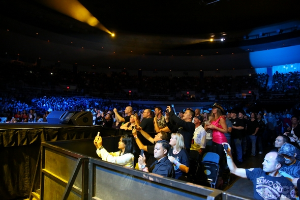Journey-Rock-Music-Concert-Review-Photos-2012-Honolulu-Hawaii-Rock-Subculture-001-RSJ