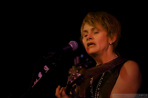 Shawn-Colvin-Concert-Review-Sacramento-California-2013-Live-Music-Rock-Subculture-01-RSJ
