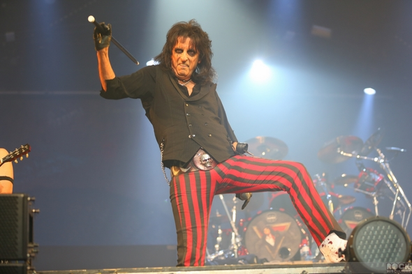 Caprices-Festival-2013-Crans-Montana-Switerland-Concert-Review-Day-7-March-14-Alice-Cooper-The-Heavy-BRMC-Blacj-Rebel-Motorcycle-Club-Photos