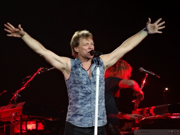 Jon-Bon-Jovi-Because-We-Can-Tour-Live-2013-Concert-Review-San-Jose-HP-Pavilion-April-25-What-About-Now-01-RSJ