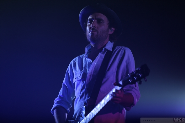 Metric-Live-Concert-Review-April-18-2013-Fox-Theater-Oakland-California-Photos-001-RSJ