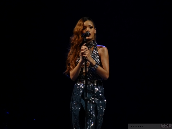 Rihanna-Concert-Review-2013-High-Resolution-Photography-Unapologetic-San-Jose-HP-Pavilion-Diamonds-World-Tour-101-RSJ