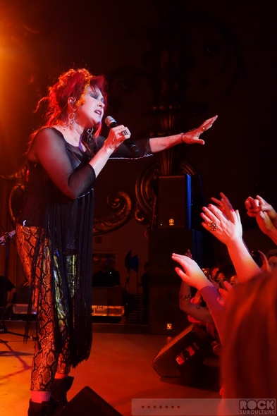 Cyndi-Lauper-Shes-So-Unusual-30th-Anniversary-Tour-2013-Concert-Review-Photos-Crest-Theatre-Sacramento-June-19-01-RSJ