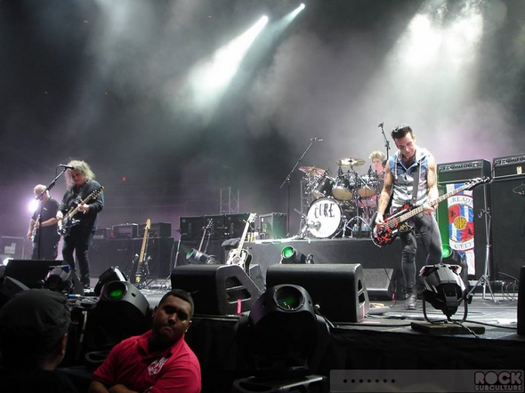 The-Cure-Concert-Review-Tour-2013-Honolulu-Hawaii-Neal-S-Blaisdell-Arena-Photos-Robert-Smith-Meet-and-Greet-Jason-DeBord-02-RSJ