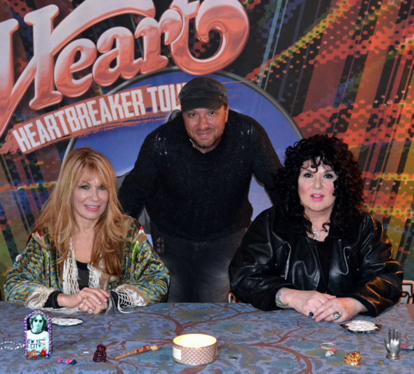 Heart-Heartbreaker-Tour-2013-Meet-and-Greet-Jason-DeBord-Ann-Wilson-Nancy-Wilson-x590