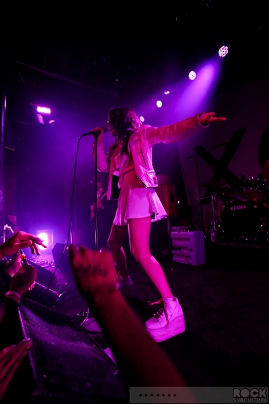 Charli-XCX-2013-Tour-Concert-Review-Kitten-Chloe-LIZ-True-Romance-US-Photos-Videos-Slims-San-Francisco-November-1-201-RSJ