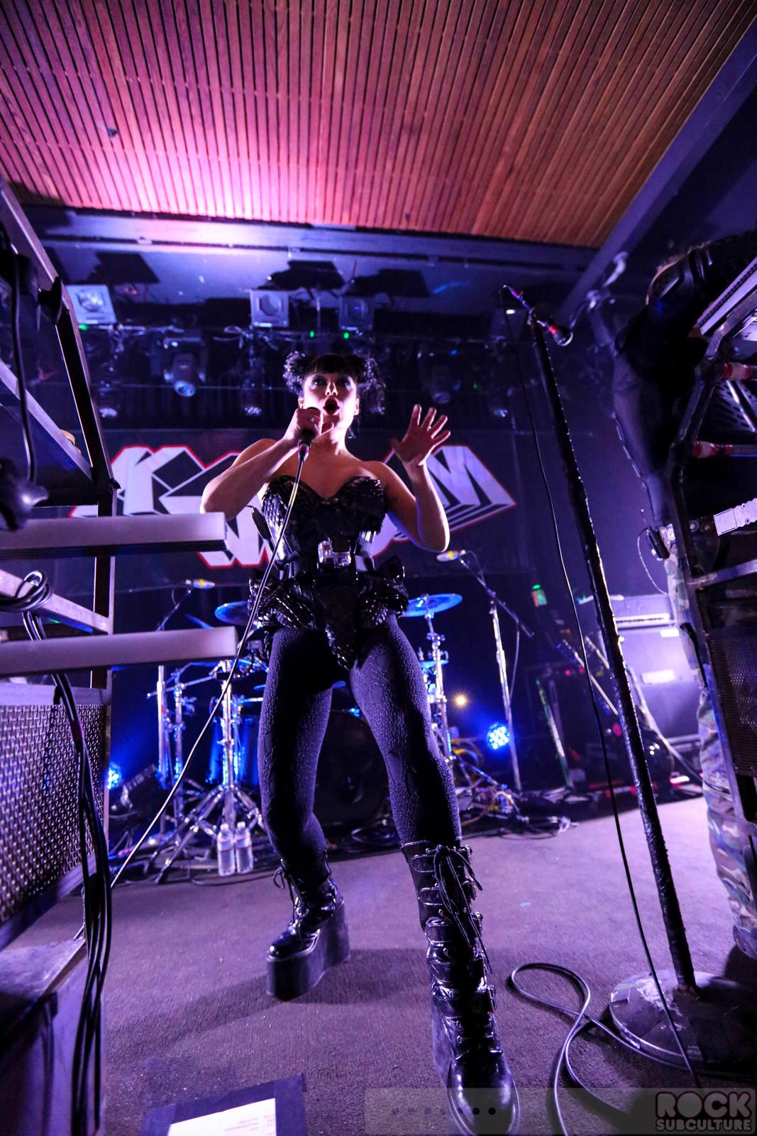 Tohuvabohu by KMFDM (Album, Industrial Rock): Reviews ...