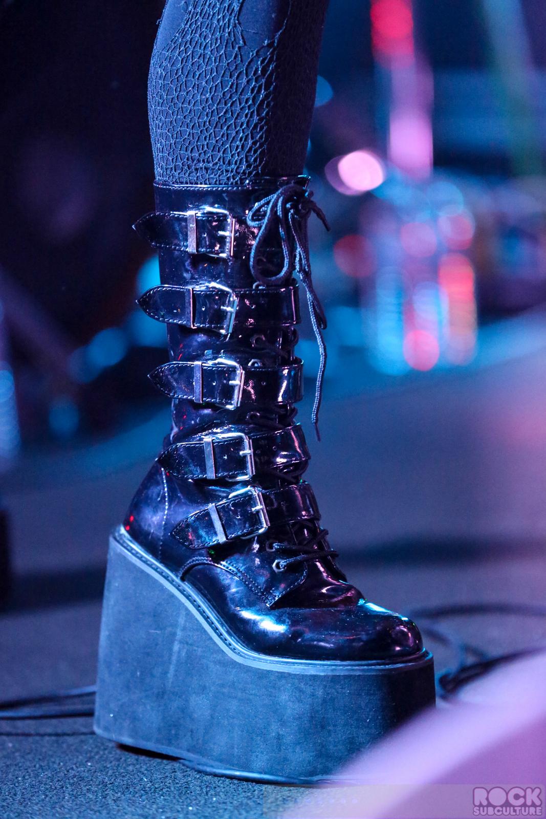 Tohuvabohu Review | KMFDM | Compact Discs | Reviews ...