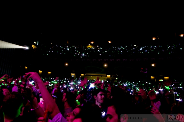 Coldplay-Kids-Company-Under-1-Roof-Concert-Review-Event-December-19-2013-Photos-Videos-001-RSJ