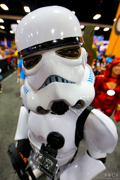 San-Diego-Comic-Con-2014-SDCC-Photos-Photography-Costumes-Cosplay-Exhibit-Hall-Masquerade-Images-High-Resolution-001-RSJ