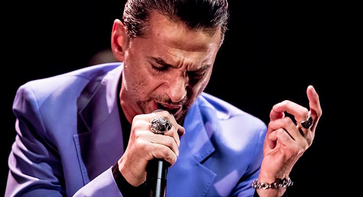 Dave-Gahan-and-Soulsavers-2015-Tour-Concert-Review-Photos-Theatre-at-the-Ace-Hotel-Los-Angeles-Album-FI3