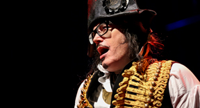 "Adam Ant Kicks Off 2017 With North American Tour; 35th Anniversary of ""Kings Of The Wild Frontier"""