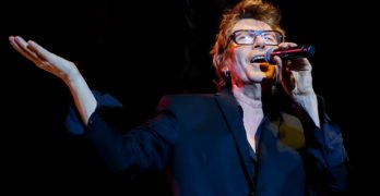 "Psychedelic Furs Bring ""The Singles Tour"" to North America; Joined by Robyn Hitchcock"