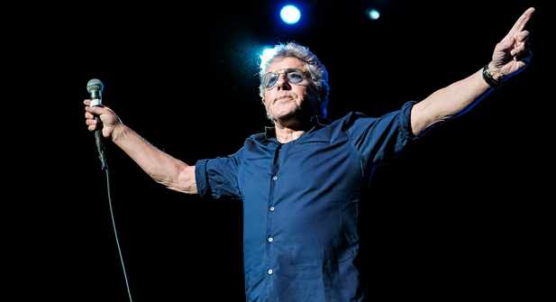 Roger Daltrey (with members of The Who Band) at Bob Hope Theatre | Stockton, California | 3/13/2018 (Concert Review + Photos)