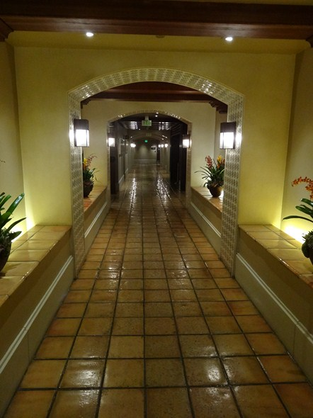 Hotel/Resort Review: Hollywood Roosevelt Hotel