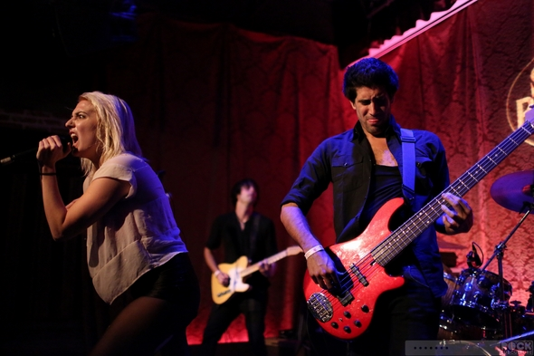 Queen-Caveat-Live-Music-Concert-Tour-2013-Hermosa-Beach-Saint-Rocke-Photos--Jason-DeBord-Rock-Subculture-Photography