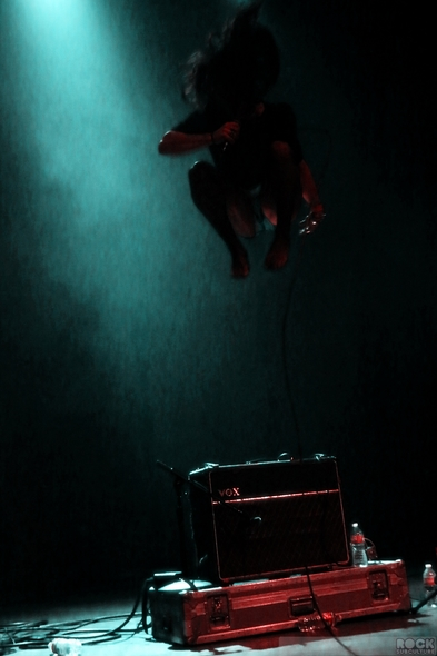 Garbage-Shirley-Manson-Live-Concert-April-2013-Palms-Las-Vegas-Photos-Review-Pearl-Theater-Kitten-Jumping-RSJ