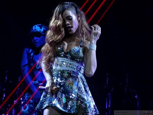 Rihanna-Concert-Review-2013-High-Resolution-Photography-Unapologetic-San-Jose-HP-Pavilion-Diamonds-World-Tour-101-RSJ