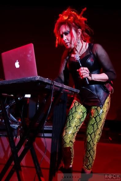 Cyndi-Lauper-Shes-So-Unusual-30th-Anniversary-Tour-2013-Concert-Review-Photos-Crest-Theatre-Sacramento-June-19-01-RSJ