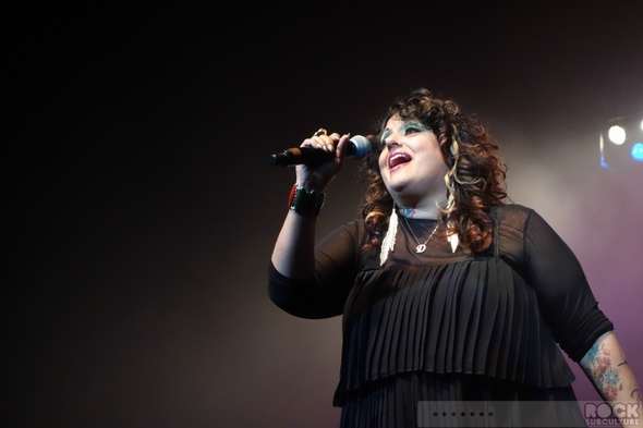 Debbie-Deb-Super-Freestyle-Explosion-Concert-Review-Photos-San-Jose-HP-Pavilion-June-29-2013-01-RSJ