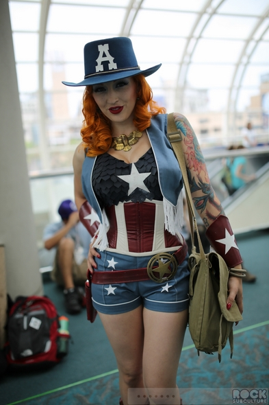 San-Diego-Comic-Con-International-2013-Photos-Photography-Costumes-Masquerade-Cosplay-Comic-Book-Women-Girls-Men-Original-Prop-Blog-Rock-Subculture-Journal-Jason-DeBord-001-RSJ