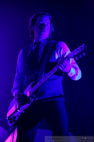 Arctic-Monkeys-Concert-Review-2013-Tour-Photos-Fox-Theater-Oakland-California-September-26-27-001-RSJ