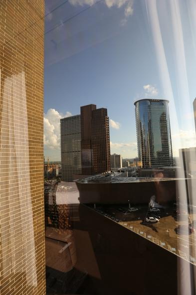 Hyatt-Regency-Houston-Downtown-Texas-Hotel-Review-Travel-Advisor-01-RSJ