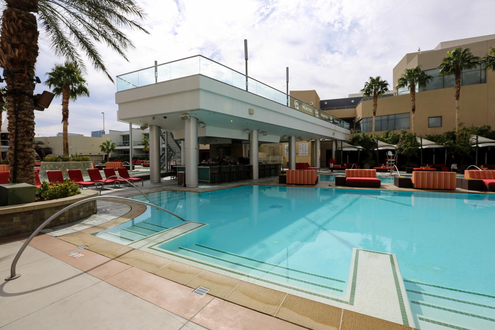 Hotel Resort Review The Palms Casino Hotel Las Vegas