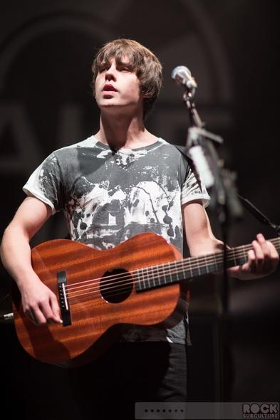 Crisis-Presents-Concert-Review-2013-Jake-Bugg-Bastille-AlunaGeorge-Foxes-Michael-Kiwanuka-Photos-301-RSJ