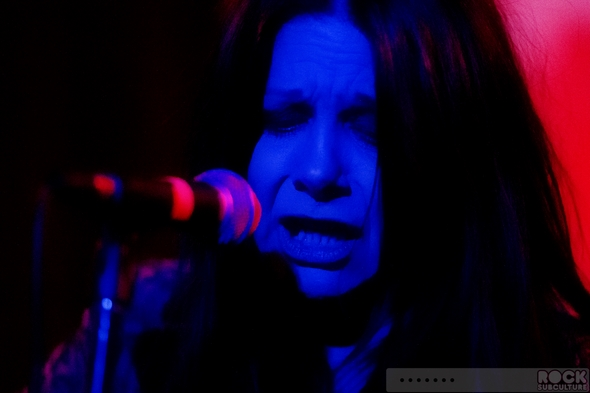 Johnette-Napolitano-Solo-Show-Concrete-Blonde-Concert-Review-January-2014-San-Diego-The-Griffin-01-RSJ