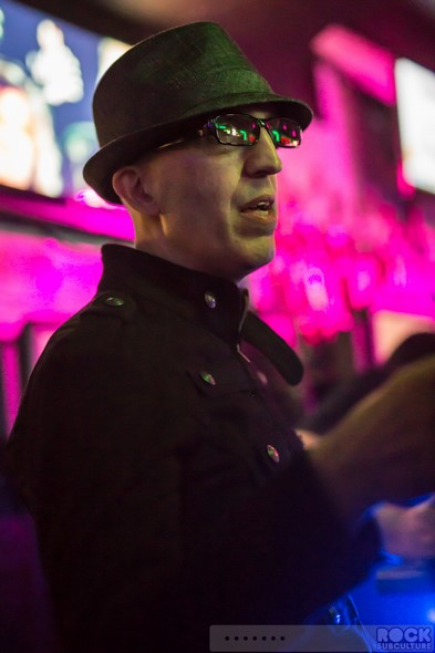 When-In-Rome-2014-Concert-Review-Photos-Clive-Farrington-New-Wave-Restaurant-8tease-002-RSJ