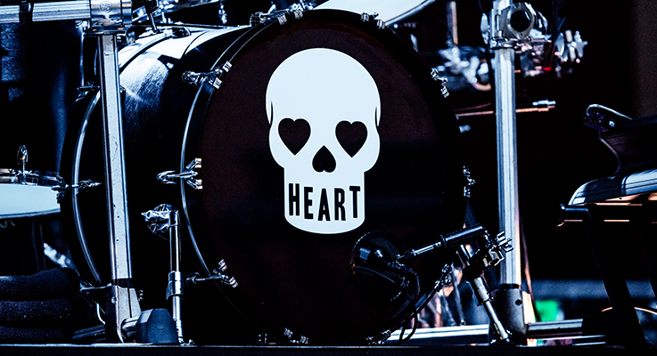 Heart-2015-Tour-Photos-Concert-Review-Photography-Lincoln-Thunder-Valley-Ann-Nancy-Wilson-FI